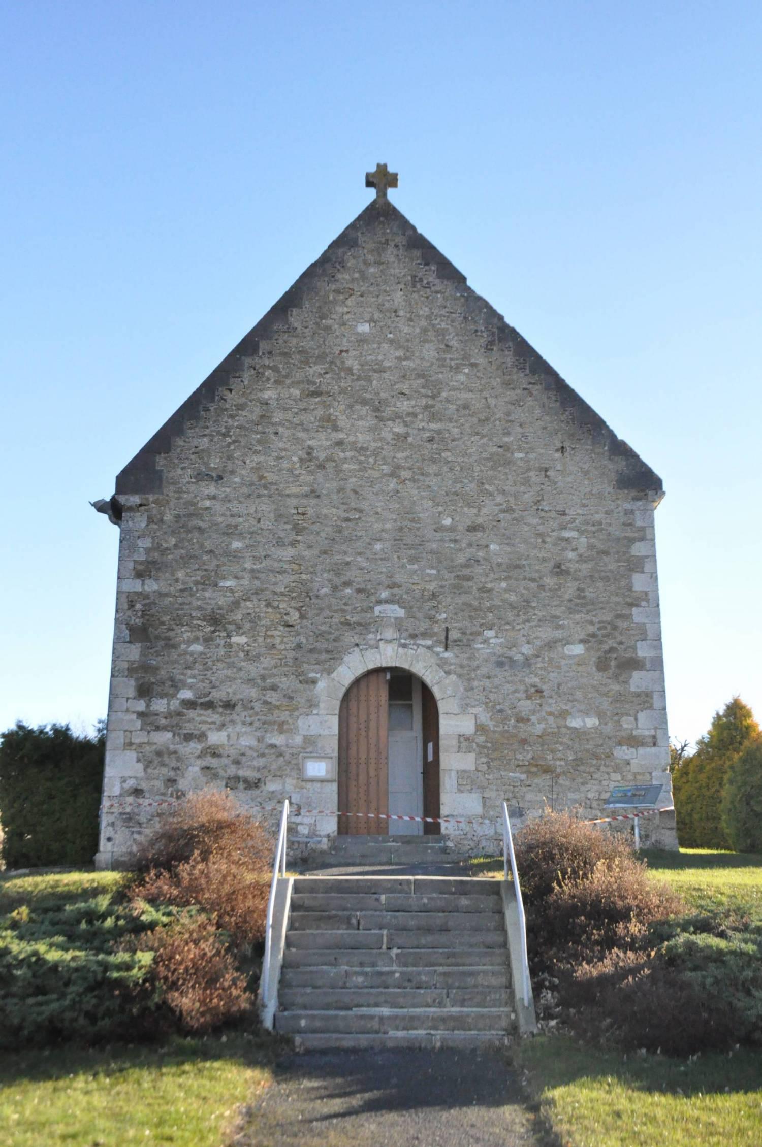 Tarzy ( Ardennes) Eglise St Cyr et Ste Julitte.JPG
