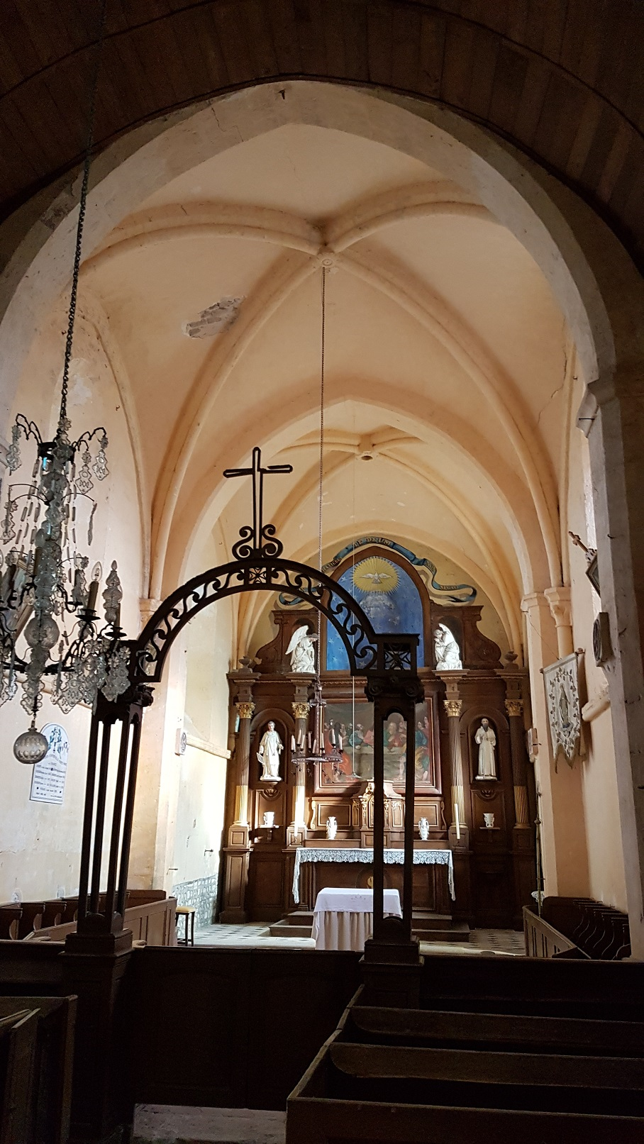 ntréville (28) - Eglise Saint-Laurent